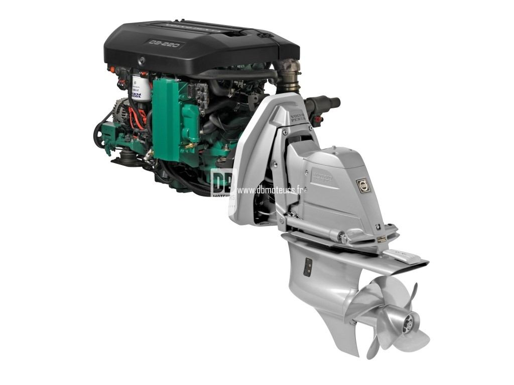 moteur marin volvo penta d3-220 avec embase2