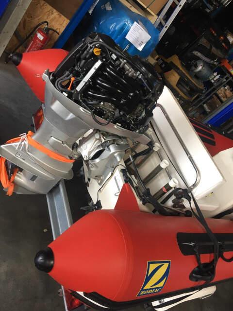 Entretien et réparation hors bord honda db moteurs